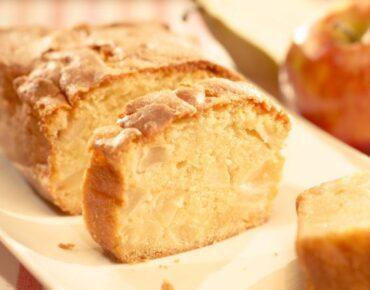 Cake Met Appel En Peer16