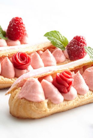Imperial Pudding Eclair Framboos Roos 01